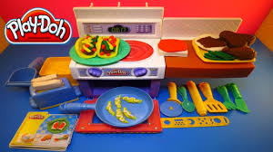 New Play Doh Meal Makin Kitchen Playset Play Dough Food Chef