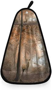 cpyang hängendes küchenhandtuch wald baum hirsch