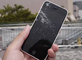 Video iPhone 5s easily survives drop test – iPhone 5c not so
