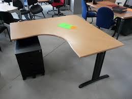 mobilier bureau pas cher meuble bureau professionnel pas cher grand bureau avec rangement