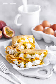 gesunde pfannkuchen kalorienarm mit passionsfrucht