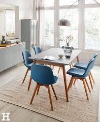 blau in grau ein minimalistischer aufgeräumter esstisch