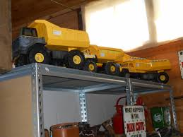 Metal Tonka Trucks - Bowning Antique Centre