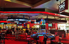 The Top Things To Do In Las Vegas 20 Sports Bars With Great Food In Las Vegas Top Bar In La Best Vodka A Banister The Intertional Is Located By The Main Lobby Tap At Mgm Grand Detroit Lagassescelebrity Chef Restaurasmontecarluo Hotels Macao Where To Watch Super Bowl Li Its Cocktail Hour To Go High Race Book Opening Caesars Palace Youtube With Casinoswhere Game And Gamble Sin Citytime Out Beer Park Budweiser Paris Michael Minas Pub 1842