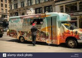 Food Service Trucks Stock Photos & Food Service Trucks Stock Images ... Local Stop Food Trucks Hawaii Home Facebook Tampa Area For Sale Bay Ak Commercials Supplies Charles Saunders Service With 10 Isuzu Stock Photos Images 15 Essential Dallasfort Worth Eater Dallas Southern Smoke Truck Toronto Visit Twin Cities Athens Georgia Clarke Uga University Ga Hospital Restaurant El Trompo Movil Nyc Food Trucks Dailyfoodtoeat Distributor Feature Royal Greener Fields Together Truck Trailer Transport Express Freight Logistic Diesel Mack
