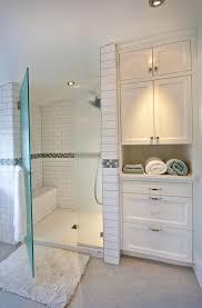 Diy L Shaped Bathroom Vanity by Best 25 Bathroom Linen Cabinet Ideas On Pinterest Bathroom