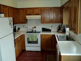 Kitchen Paint Colors With Golden Oak Cabinets by Kitchens With White Appliances And Oak Cabinets Oak Kitchen White