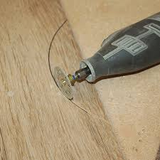 Dremel Tile Cutter Disc by Easy Way To Cut Curves In Tiles