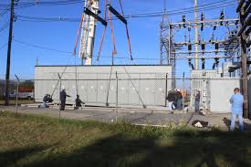 100 Bucket Truck Repair Substation And Service