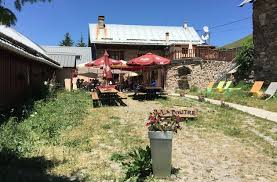 la cuisine du monstre tours valloire in de zomer fietsen wandelen via ferrata en la cuisine du
