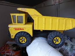 1970s TONKA DUMP TRUCK FOR SALE.   In Southside, Glasgow   Gumtree Amazoncom Tonka Toughest Mighty Truck Handle Color May Vary Vintage Pressed Steel Toy Dump Truckmetalworking Cdition Tonka Dump Trucks Old Vintage 19790s Metal Youtube Classic Steel Cstruction Mantique Colctiblesmighty Colctibles Model 93918 Northern Tool Quarry With Yellow Bed Cab Large Yellow Metal Toys Tipper Truck 5400 Pclick Retro The Color