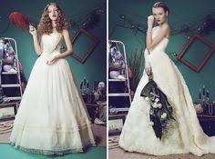 wintery Alice in Wonderland wedding pics from wedding chicks