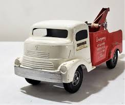 Very Early Smith Miller Trucks | Www.topsimages.com
