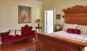 Luxurious Victorian suite in Newport RI