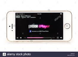 BBC iPlayer Logo Splash screen iPhone 5S starting to stream TV