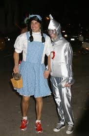 Halloween Town Actors by Halloween 2014 16 Classic Celebrity Costumes To Inspire You