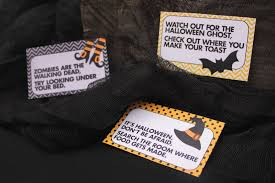 Easy Halloween Scavenger Hunt Clues by How To Do A Halloween Treasure Hunt Party Delights Blog