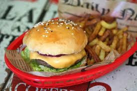 requia cuisine à hamburger bun maison ultra facile chez requia cuisine et