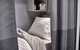 kleines schlafzimmer viel stauraum ikea österreich