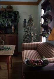 Primitive Living Rooms Pinterest by Vignettes Warm Friendly Primitive Style For Denise Accessory