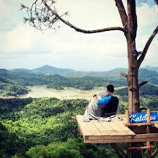 Foto Romantis Di Kalibiru Kulonprogo