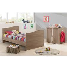 lit de chambre pablo lit chambre transformable de petit à petit ensembles
