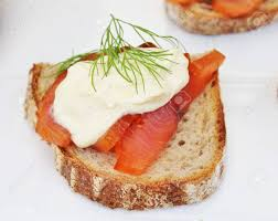 canapé toast salmon canepe either smoked or gravlax creme fresh canape toast