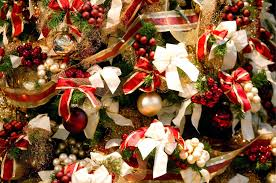 Shells Christmas Tree Farm by Hallmark U0027s Queen Of Christmas Bloomberg