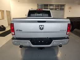 100 Crew Cab Box Truck 2019 New Ram 1500 Classic Lone Star Silver 4x4 57 At