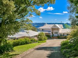 100 Maleny House QLD 4552 For Sale 2000 Acre Domain