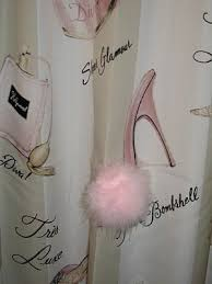 Girly Bathroom Accessories Sets by Best 25 Paris Theme Bathroom Ideas On Pinterest Paris Bathroom