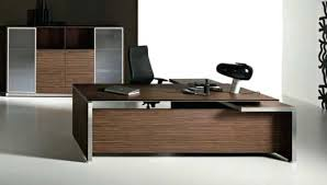 desk i like the simplicity of the desk design and the placement