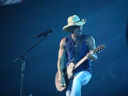 Blue Chair Bay Rum Kenny Chesney Contest by Did You Know These 6 Facts About Kenny Chesney Country 97 1 Hank Fm