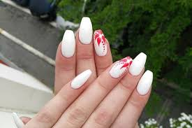 18 Red And White Nail Art Designs To Try Valentine s Day