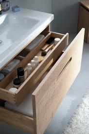 Bathroom Makeup Vanity Cabinets by Best 25 Bathroom Makeup Storage Ideas On Pinterest Hair Product