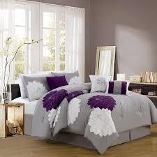 welche farbe passt zu lila grau violettes zimmerdesign