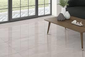 hellgrau glänzendem marmor geädert