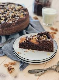 apfel nuss kuchen mit nutella glasur walnüssen fashion