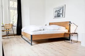 massivholzbett loft vintage massivholz buche im stahlgestell