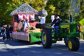 Parade Float Supplies Now once upon a time float three little pigs homecoming floats