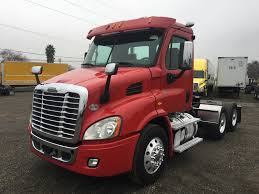 USED 2015 FREIGHTLINER CASCADIA DAYCAB FOR SALE IN CA #1258