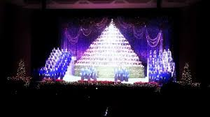 Bellevue Baptist Church Singing Christmas Tree Youtube by Singing Christmas Tree Portland Or Youtube