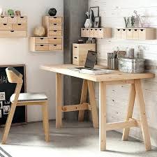 bureau ikea treteaux bureau avec treteau tracteau bois gain de place bureau avec treteaux