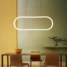 led pendelleuchte modern oval design im esszimmer