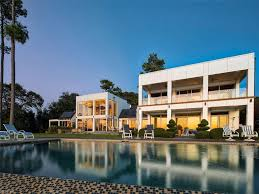 100 Taylorwood Resort 2000000 1744 Tyndall Point LN Gloucester County VA 23062