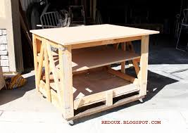 Make A Work Bench From Wood Shipping Pallet