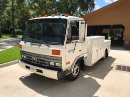 100 Utility Service Trucks For Sale UD SERIES ENCLOSED UTILITY BED FUEL AND LU Truck