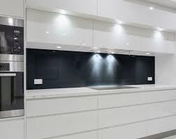 nischenrückwand küche schwarz ref 9005