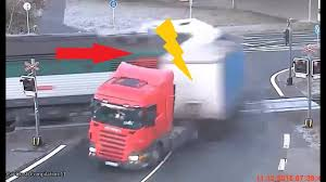 100 Truck Crashes Caught On Tape FATAL TRUCK ACCIDENTS CAUGHT ON CAMERA Horrible Fail YouTube