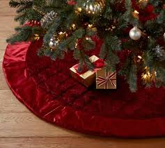 Seashell Christmas Tree Skirt by 52 Best Tree Skirts Images On Pinterest Noel Diy And Crafts